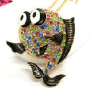 Lovely Fish Crystal Pendant Necklace